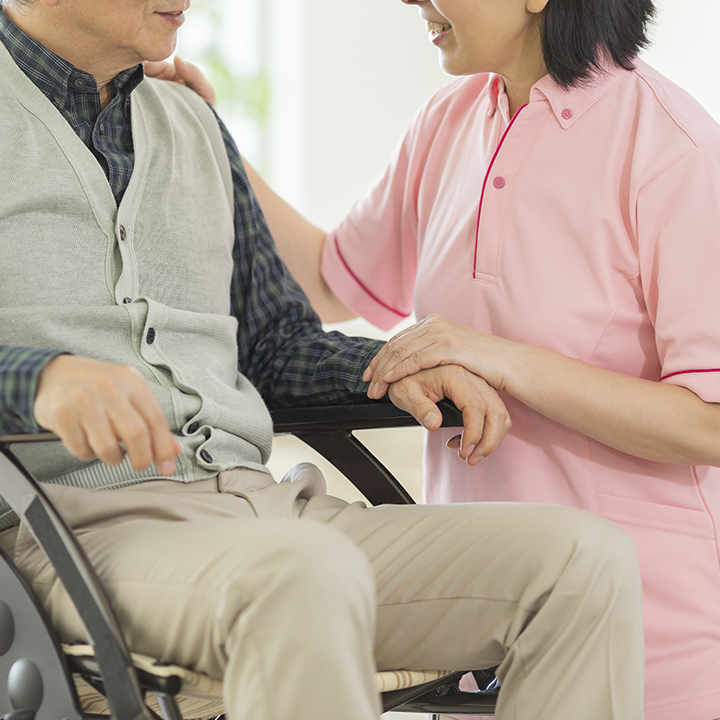 中高年も活躍している「介護職」